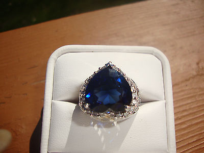 10KT and 14kt white gold  23 round brillaint diamond with lab sapphire  ring.
