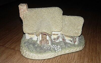 David Winter Cottage Rose Cottage 1980 (VGC) no box rare early Winter Cottage