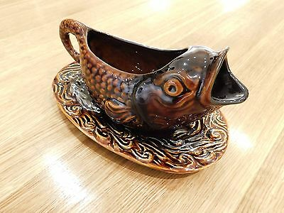 Sylvac Fish Sauce jug with Underplate - No. 4572 in brown glaze