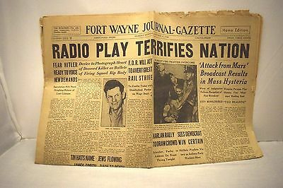 Orson Welles  War of The Worlds October 31st 1938 Newspaper