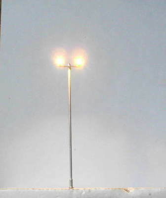 H82,2 model Floodlights ,warm white light,12V ,Model lamp,ho oo scale