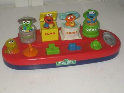 Mattel Sesame Street Singing Pop Up Toy Activity For Toddlers 2002