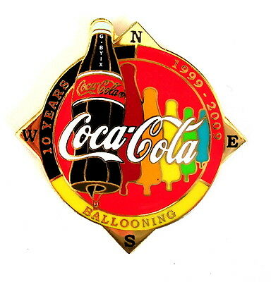 """COCA COLA """"SPECIAL SHAPE"""" Pin / Pins - FLASCHE """"10 YEARS"""" rot / G-BYIX [3700]"""