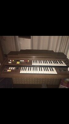 Yahama Electric Organ