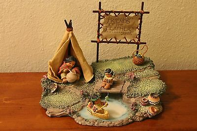 Friends Of The Feather 1994  Enesco Rock Cliff Teepee &display.spe270. Measures