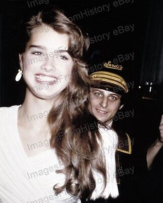 8x10 Print Brooke Shields Cute Candid #BS47