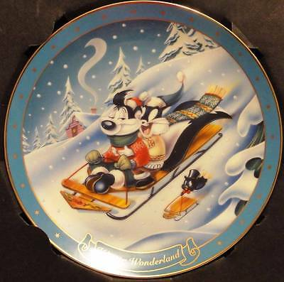 "LOVELY PEPE LE PEW ""Winter Wonderland"" COLLECTOR'S PLATE   WAR"