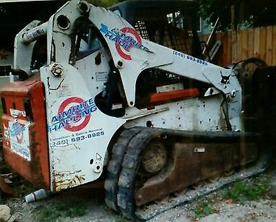 2007 BOBCAT T-300 HIGH FLOW W 1100 HOURS with 1 OWNER/ DRIVER NEEDS TRACK(S)