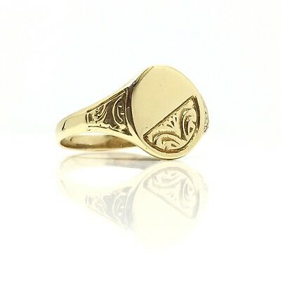 Vintage C.1980 9ct Yellow Gold Half Engraved Oval Signet Ring Size V