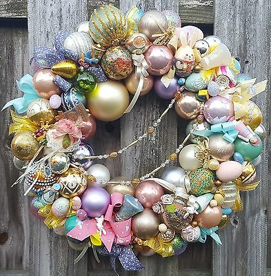 "Vintage 24"" Easter Wreath Glass Wood Ornament Eggs Bunnies Rabbit Birds Holiday"
