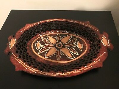Vintage-Hand-Carved-Romanian-Wood-Fruit-Bread-Tray-Plate-