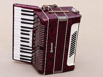 Very Nice German Accordion Weltmeister 48 bass Including Case