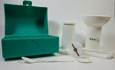 KIDCO BABY FOOD MILL Model F700 w/ Travel Case Compact Hand Operated Off Grid