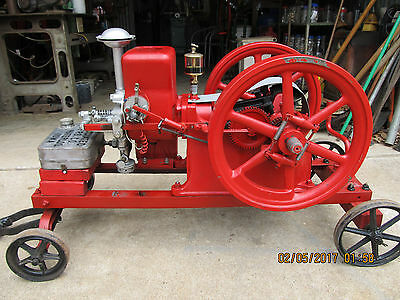 Associated 1 3/4 HP Chore Boy hit and miss engine