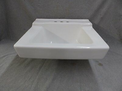 Vtg Style White Ceramic Bathroom Sink Old Bathroom Lavatory Plumbing 179-17E