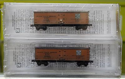 Z Scale MICRO-TRAINS LINE 518 44 200 WESTERN PACIFIC Weathered 40' Reefers 2-Pk