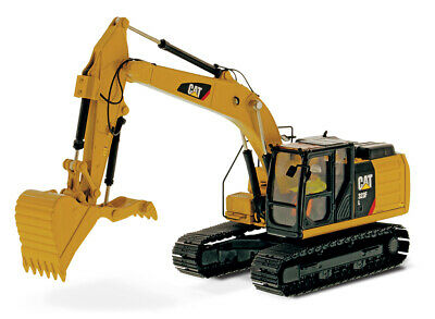 Caterpillar 1:50 Scale Diecast Model Replica 32F L Hydraulic Excavator 85924 CAT