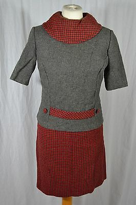 VINTAGE 1960s red and grey check wool skirt suit size 8/10 short sleeve jacket