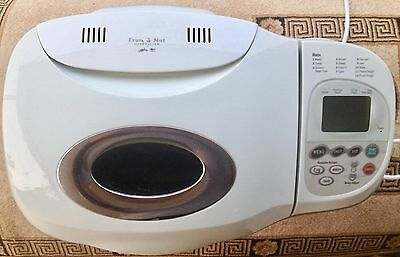 Sunbeam Quantum Smart Bread Easy Bake Program with Fruit & Nut Dispenser LCD