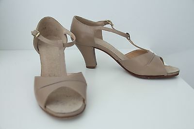 Capezio Beige Nude Open Toe Theatrical Leather Dance Shoes 6.5
