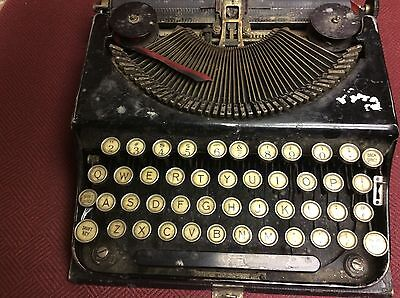 Antique 1920's Portable Typewriter-NO Brand Name-Made in USA-TOP OF CASE MISSING