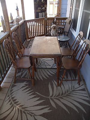 Antique Oak Table With 2 Lift Up Leaves And 4 Chairs Original Finish & Folk Art