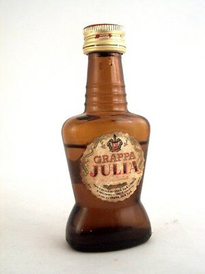 Miniature circa 1970 STOCK GRAPPA JULIA Isle of Wine