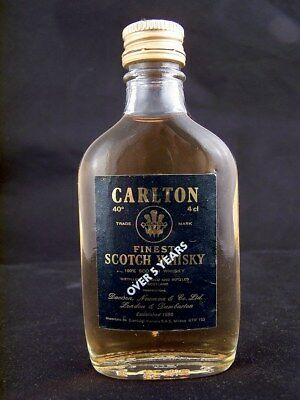 Miniature circa 1975 CARLTON Scotch Whisky Isle of Wine