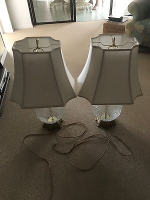 Pair of table lamps, decorative clear glass