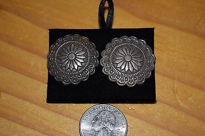 Wonderful Pair Of Older Concho Style Sterling Silver Earrings/superb 8