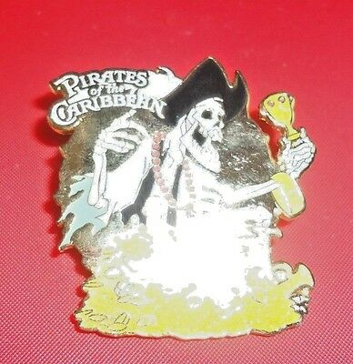 Pirates Of The Caribbean Skeleton With Necklace And Jewels Collector Pin