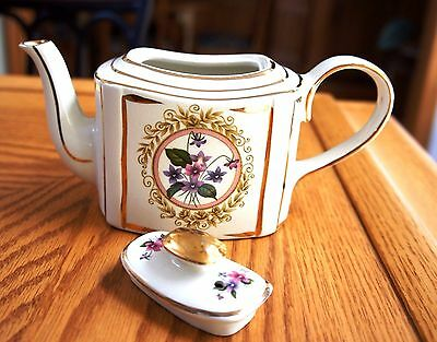 VINTAGE Arthur Wood  ENGLAND Tea Pot Floral Design