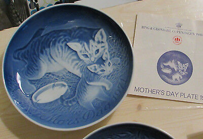 1971  Mothers Day plate Bing Grondahl  Cat with kittens 1971
