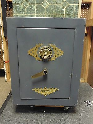 Used - Sentry Executive Safe D880 - Used - Local Pick-Up Only