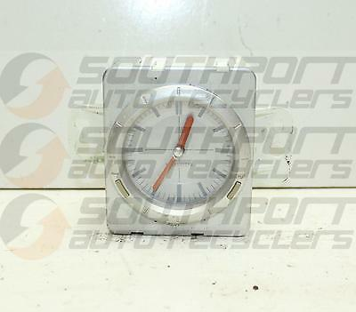 Outlander Dash Clock 02/03-09/06 *0000030596*
