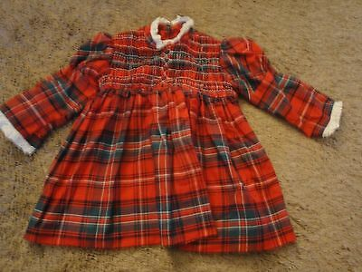 Vintage  Girls  Dress Smocked Red And Green Plaid Dress