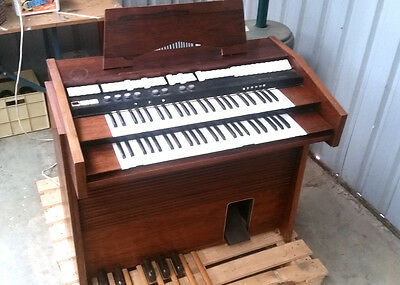 Vintage Riha Adagio Organ - With Rotating Leslie Speaker.