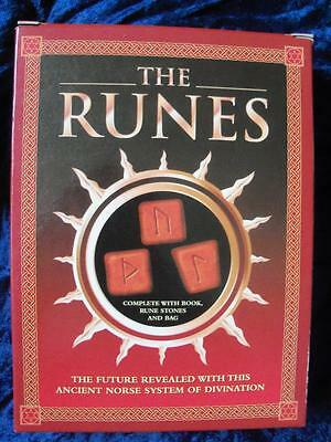 THE RUNES. Ancient Norse System of Divination. Book Stones Bag