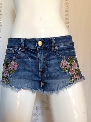 American Eagle Outfitters Embroidered Floral Cut Off Denim Shorts Women's Size 2