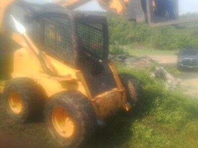 2001 John Deere 260 Skid Steer Loader