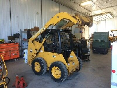 2014 John Deere 315 Skid Steer Loader