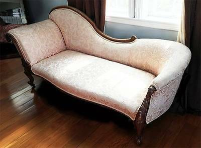 Antique Victorian Style Chaise