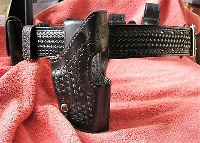 """Safariland 36"""" Police Duty Basket weave Belt 2 1/4 in, Holster and accessories"""