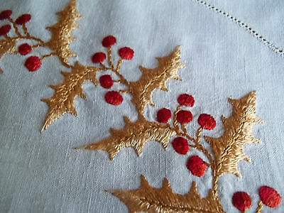 "Old Antique Society  Silk Hand Embroidery Christmas Holly 17"" Round Scallop Edge"