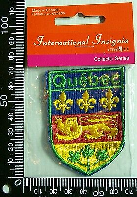 Vintage Quebec Canada Embroidered Souvenir Patch Woven Cloth Sew-On Badge