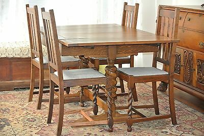 Beautiful Antique Barley Twist Oak Expanding Table and 4 Chair Dining Set