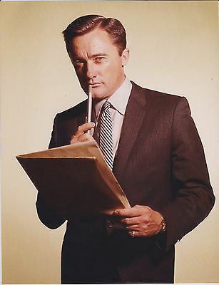 Man From Uncle Robert Vaughn As Napoleon Solo With Communicator Pen