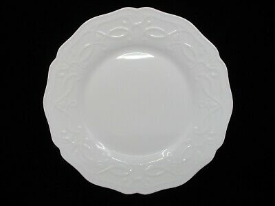 """WEDGWOOD TRADITIONS BREAD AND BUTTER PLATE- 7 1/8""""   0603Is"""