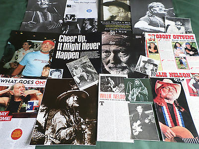 Willie Nelson - Country Music   - Clippings /cutting Pack