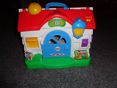 Children's Toy: Fisher Price: Laugh & Learn Puppy's Playhouse